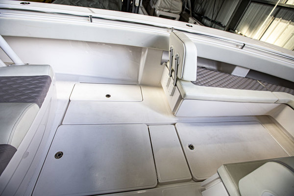 2020 Invincible 36' 36 Open Fisherman Tender   Picture 3 of 42