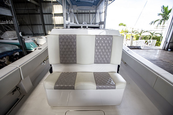 2020 Invincible 36' 36 Open Fisherman Tender   Picture 4 of 42