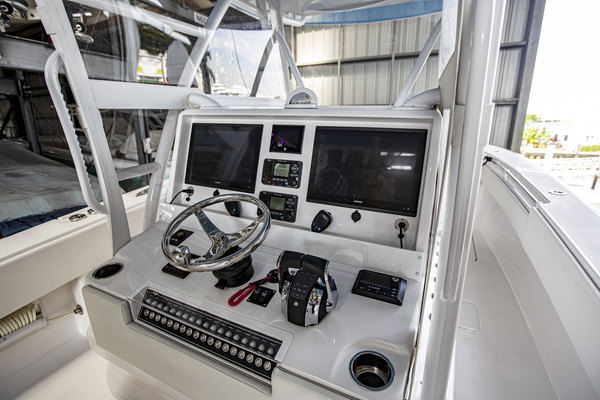 2020 Invincible 36' 36 Open Fisherman Tender   Picture 1 of 42