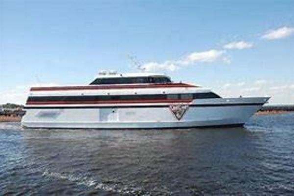 155' Washburn & Doughty Casino Cruise Ship 1998 |