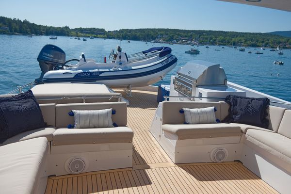 1998Hatteras 74 ft Motor Yacht   Almost There