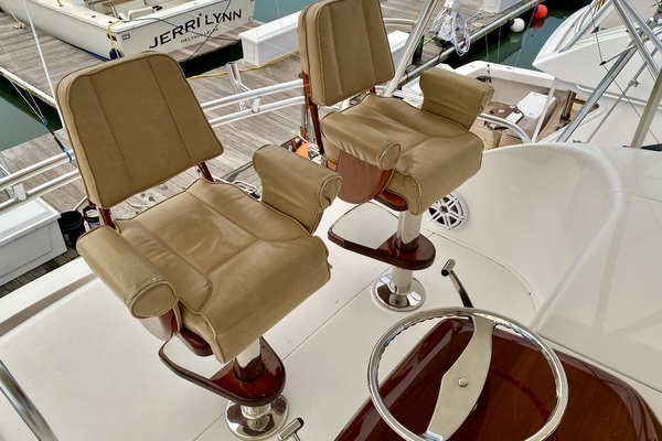 2009 Viking 50' 50 Convertible Boy's Toy | Picture 6 of 37