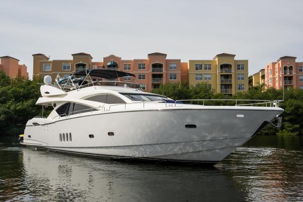 2004 Sunseeker 82' Yacht TOP GUN   Picture 7 of 56