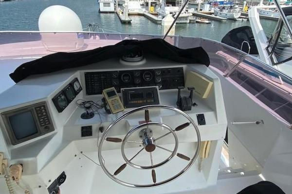 1992 Tollycraft 57'  Chief | Picture 2 of 19