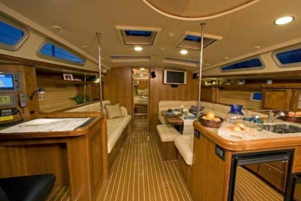 2007 Hunter 49' 49 VALKYRIE | Picture 4 of 16