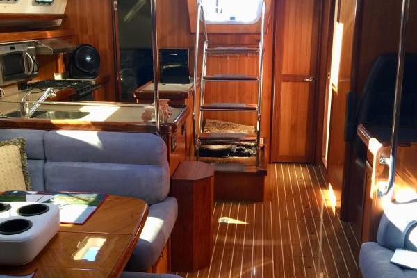 2007 Hunter 49' 49 VALKYRIE | Picture 2 of 16