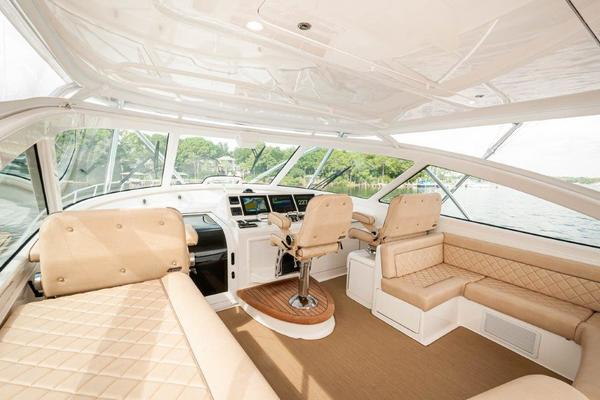 2015 Viking 52 Open Galley