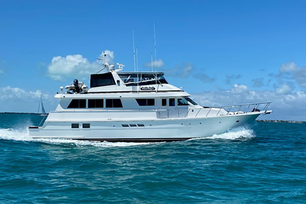 1992 Hatteras 70'  POWER PLAY | Picture 1 of 19