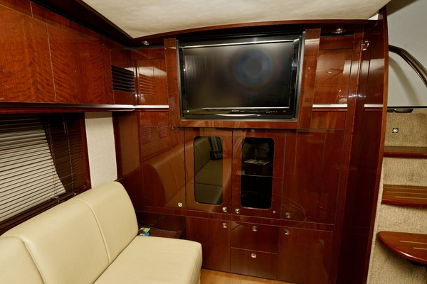 2010 Sea Ray 50' 50 Sundancer Seabatical | Picture 7 of 26