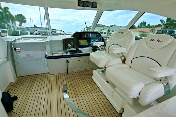 2010 Sea Ray 50' 50 Sundancer Seabatical | Picture 3 of 26