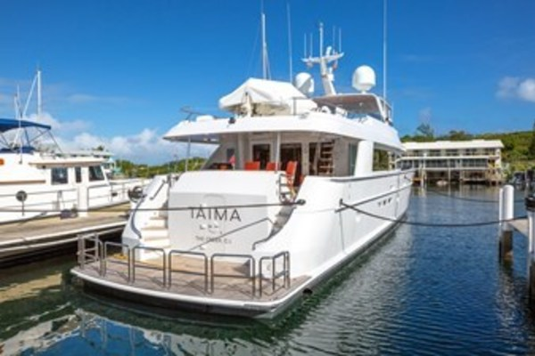 2003 Hatteras 100'  TAIMA | Picture 2 of 29
