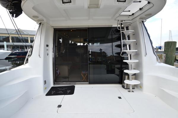 2000 Carver 53' 530 Voyager Sanctuary | Picture 2 of 81