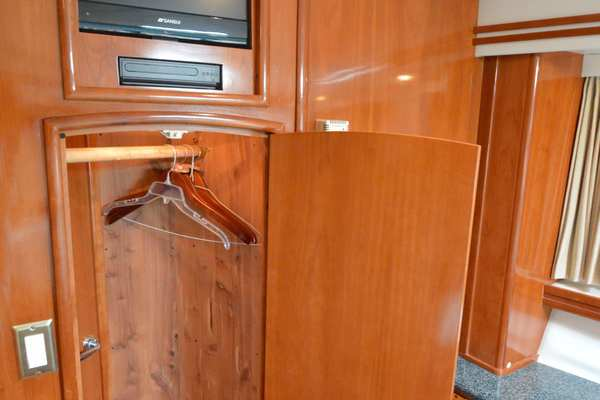 2000 Carver 53' 530 Voyager Sanctuary | Picture 4 of 81