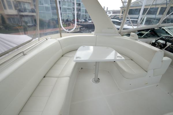 2000 Carver 53' 530 Voyager Sanctuary | Picture 8 of 81
