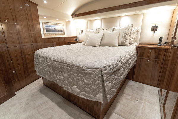 2020 Viking 68' 68 Convertible Five Cays | Picture 6 of 31