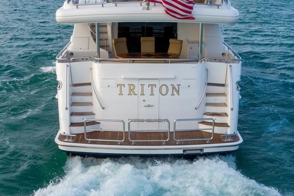 2007 Horizon 95' Raised Pilothouse TRITON | Picture 8 of 65