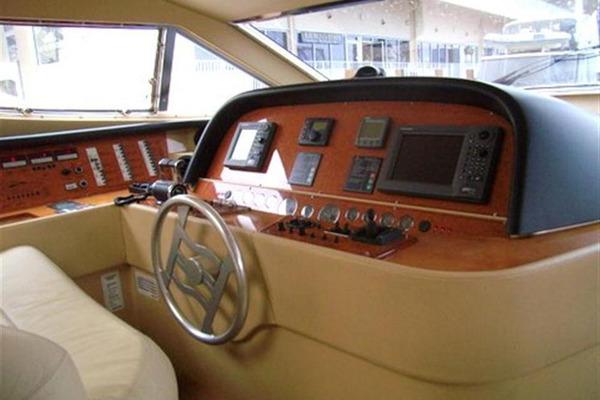 2003 Ferretti Yachts 59' 590 PRETTY LADY | Picture 4 of 20