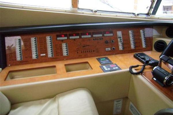 2003 Ferretti Yachts 59' 590 PRETTY LADY | Picture 3 of 20