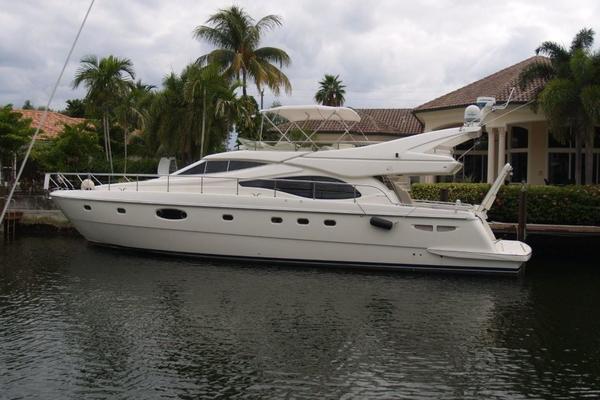 59' Ferretti Yachts 590 2003 | Pretty Lady
