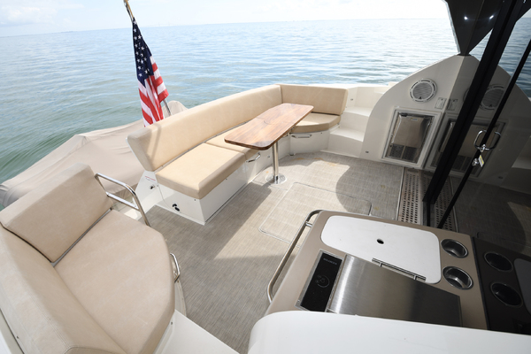 2018 Carver 52' 52 Coupe Aquasition   Picture 7 of 44