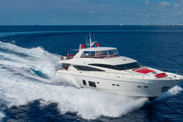 95' Princess Motoryacht 2011 | Love N Life