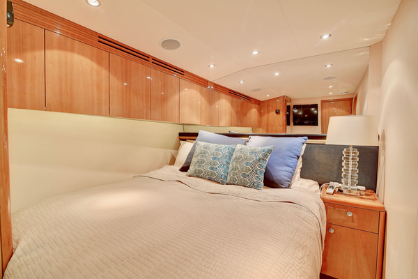 2008 Hatteras 68' 68 Norma Jean | Picture 7 of 53