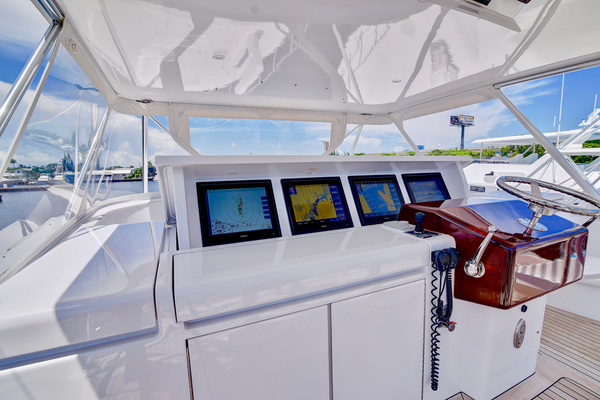 2008 Hatteras 68' 68 Norma Jean | Picture 6 of 53