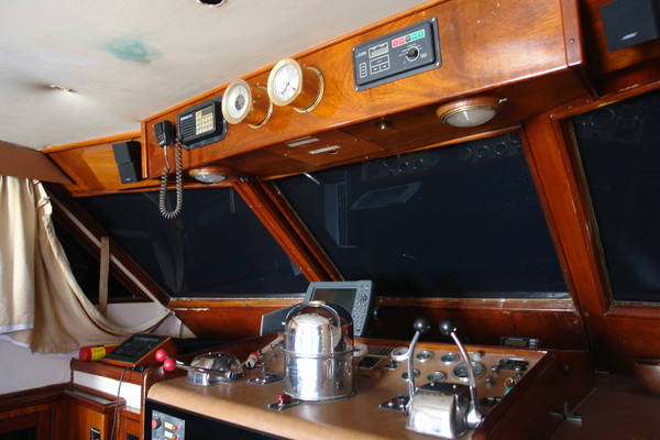 1975 Hatteras 58' 58 Yachtfish Hammerhead | Picture 1 of 40