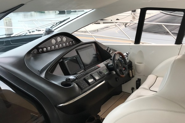 2006Sunseeker 68 ft Predator