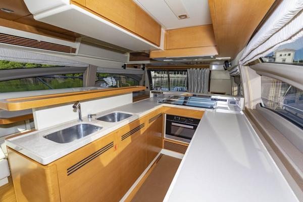 2016 Azimut 64' 64 Flybridge Pampa II | Picture 8 of 81