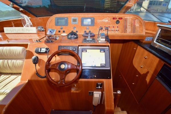 2003 Johnson 58' Pilothouse Motoryacht  | Picture 4 of 7