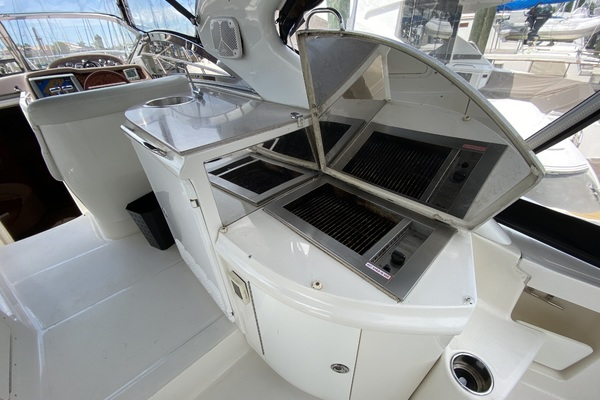 2003Regal 42 ft 4260 Commodore   Outnumbered