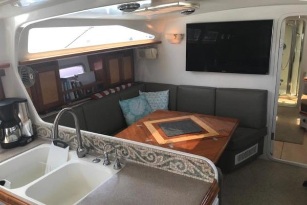 1999 Perry 56' 56 FOXFIRE | Picture 8 of 29