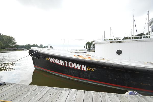 1962 Custom 58' Pilots Lauch Yorktown | Picture 2 of 46