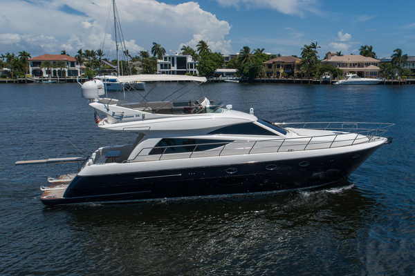 2007 Uniesse 53'  GRT2FLY   Picture 6 of 67