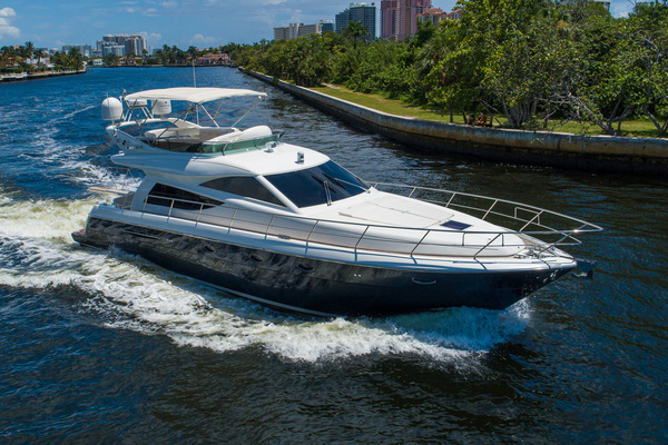 2007 Uniesse 53'  GRT2FLY   Picture 8 of 67