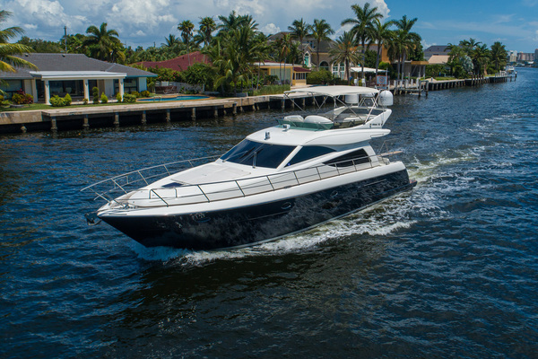 2007 Uniesse 53'  GRT2FLY   Picture 5 of 67