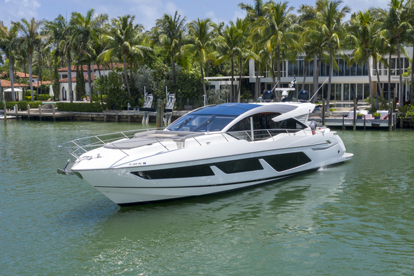74-ft-Sunseeker-2018-Predator-KL5 Miami Florida United States  yacht for sale