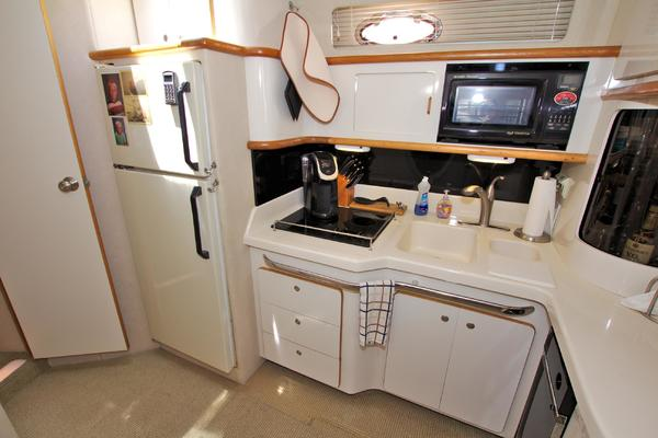 1995 Sea Ray 50' 500 Sundancer Captains Mistress   Picture 3 of 68