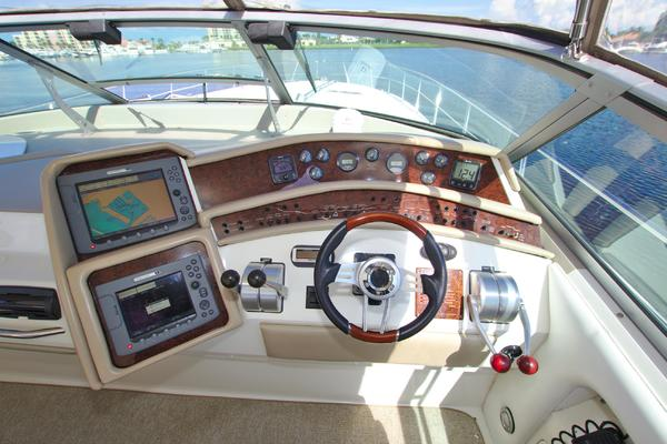 1995 Sea Ray 50' 500 Sundancer Captains Mistress   Picture 5 of 68