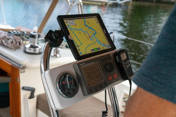2005 Tayana 48' 48 DS Center Cockpit TEMERITY | Picture 7 of 60