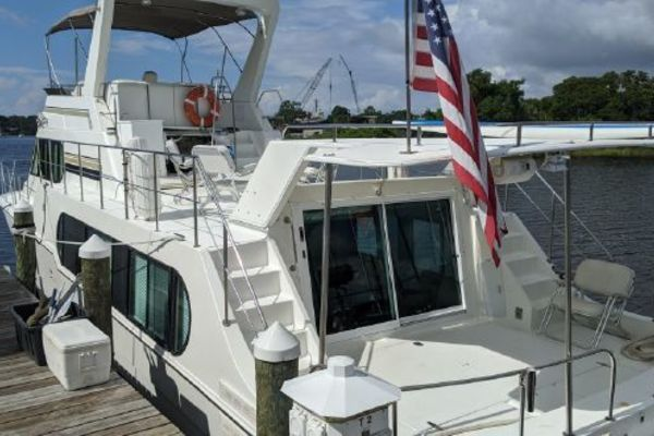 2001 Harbor Master 52'  Lady and the Tramp | Picture 1 of 31