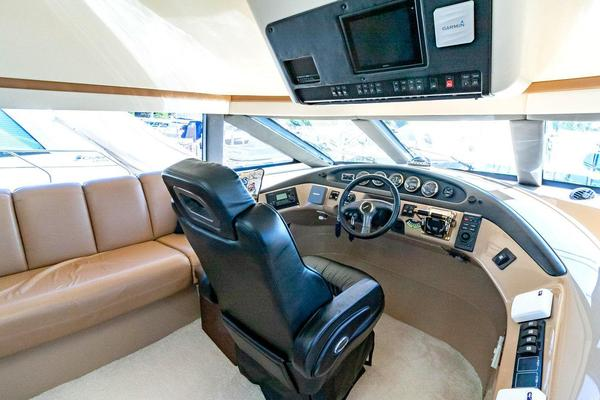 2001 Carver 57' Voyager IMPULSE III | Picture 5 of 88