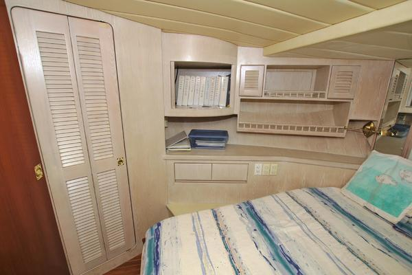 1996 President 58' 58 Motoryacht Annabella | Picture 8 of 87