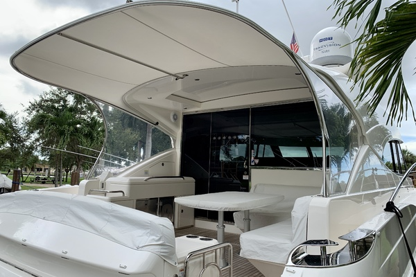2017 Riviera 54' 5400 Sport Yacht JODIN | Picture 5 of 70