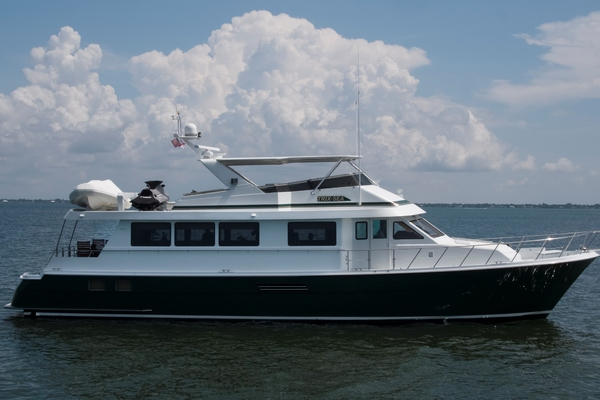 1999 Hatteras 74' 74 Sport Deck Motor  Yacht TRIX SEA | Picture 7 of 56