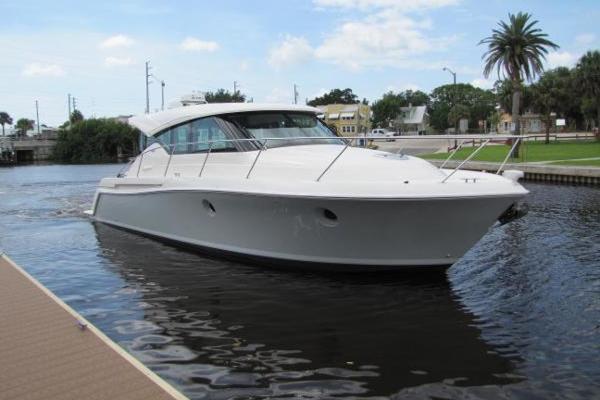 39' Tiara Yachts 39 Coupe 2017 | Jesse