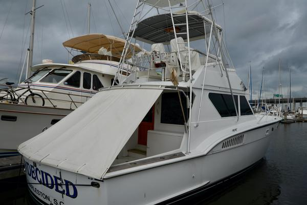 45' Hatteras Convertible 1990 | Undecided