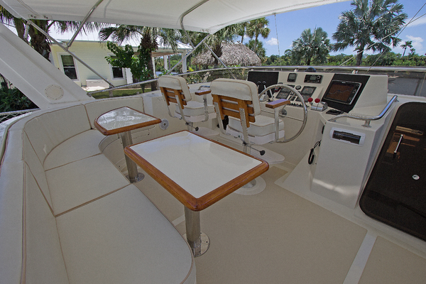 1999 Offshore Yachts 54' 1999 Chapter Three | Picture 7 of 37