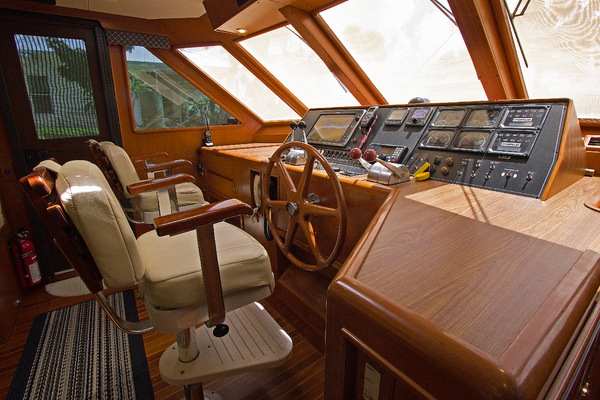 1999 Offshore Yachts 54' 1999 Chapter Three | Picture 6 of 37